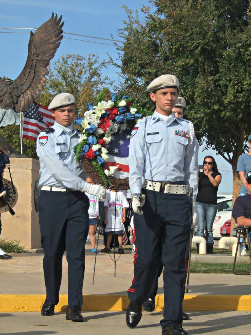 Wreath presentationMil Vet Tribute 2012